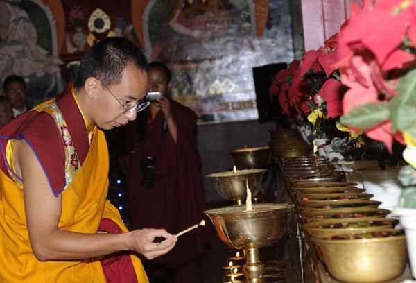 Panchen Lama calls on monks to abide by law