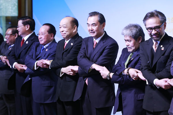 Chang calls for closer ties with ASEAN members