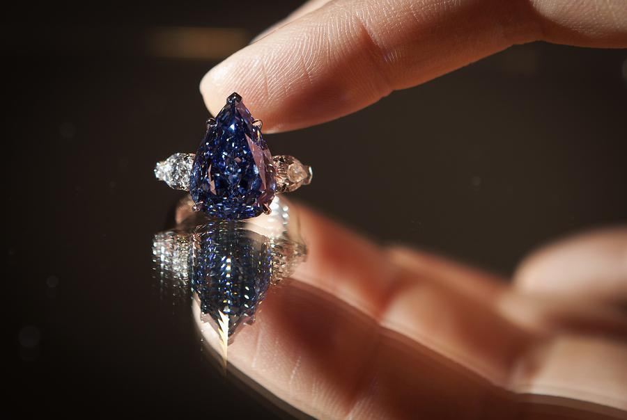 Christie's to auction dazzling diamonds