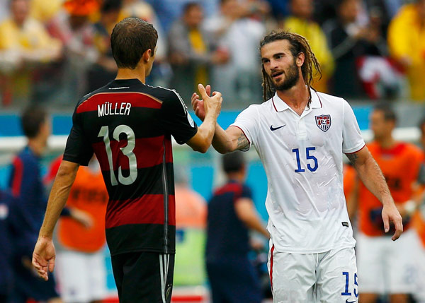 Germany, US sail into knockout stages in Recife rain
