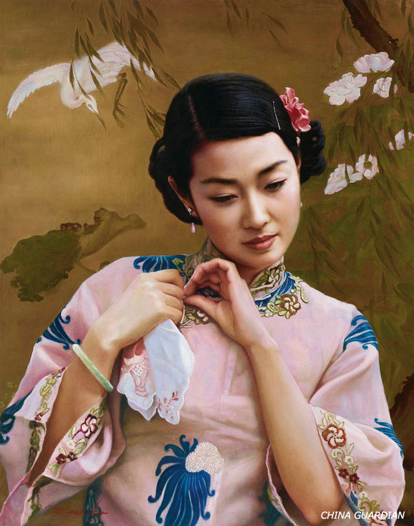 <EM>Qipao</EM> beauty in Chinese oil paintings