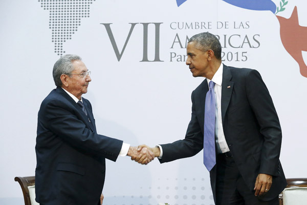 Obama, Castro hold historic meeting, vow to turn the page