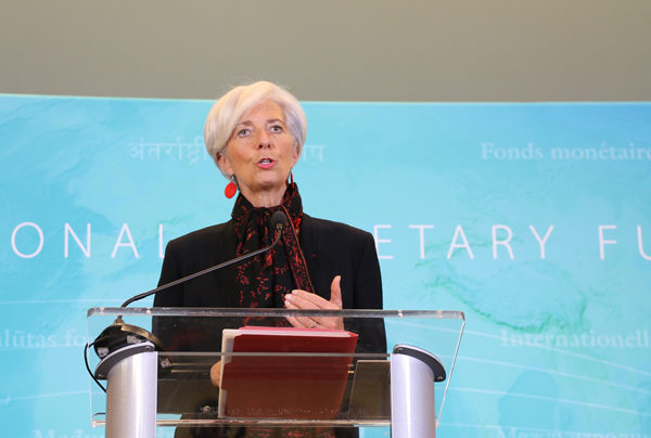 IMF approves RMB for currency basket