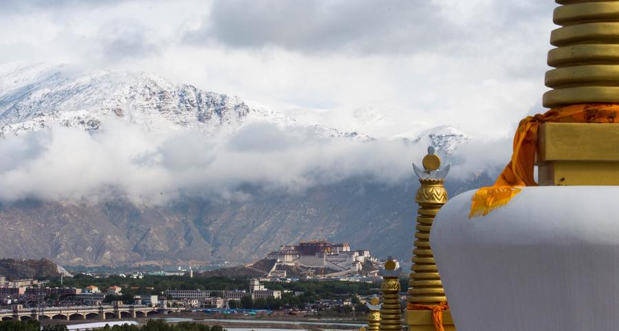 New law protects Lhasa's ancient villages