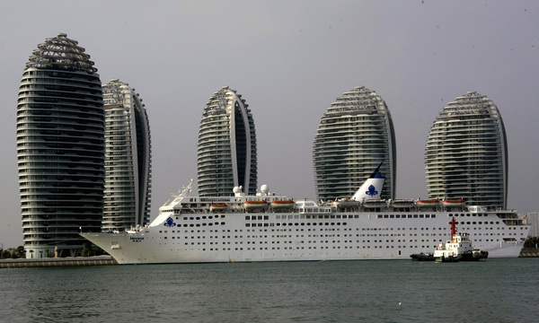 China's first luxury cruise liner ready to make waves