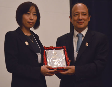 Peking Univ raises funds from alumni