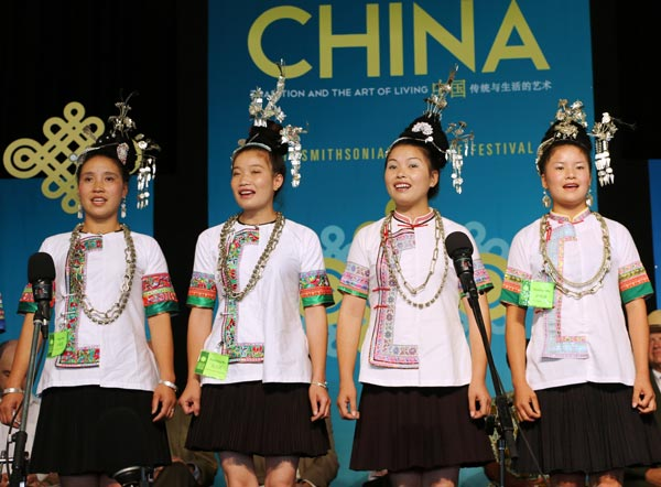 Chinese folk artists dazzle crowds on the National Mall