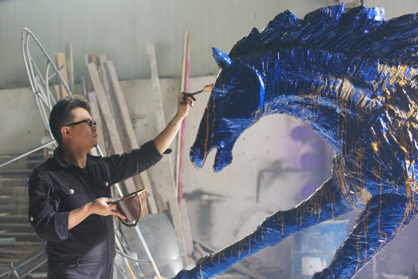 Exhibit paints picture of contemporary Chinese art through 3 giants