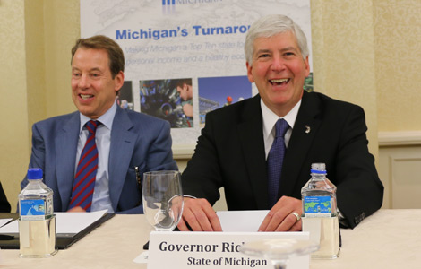 Snyder back to China to lure biz