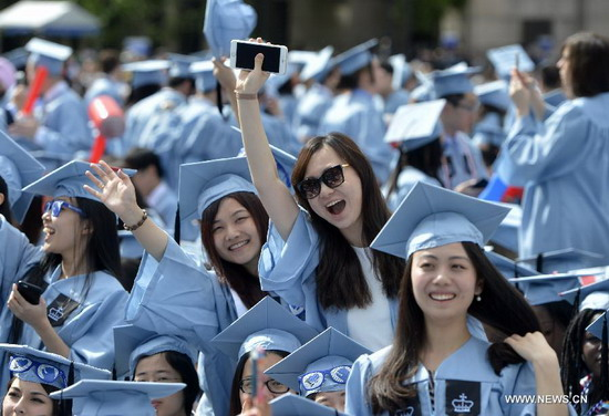 Chinese students coming to US worry about jobs