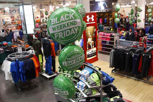 Chinese shoppers boost Black Friday sales in US