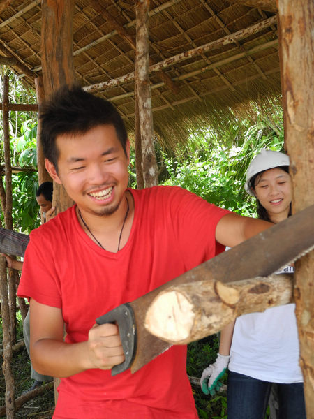 Chinese volunteer workers in Cambodia