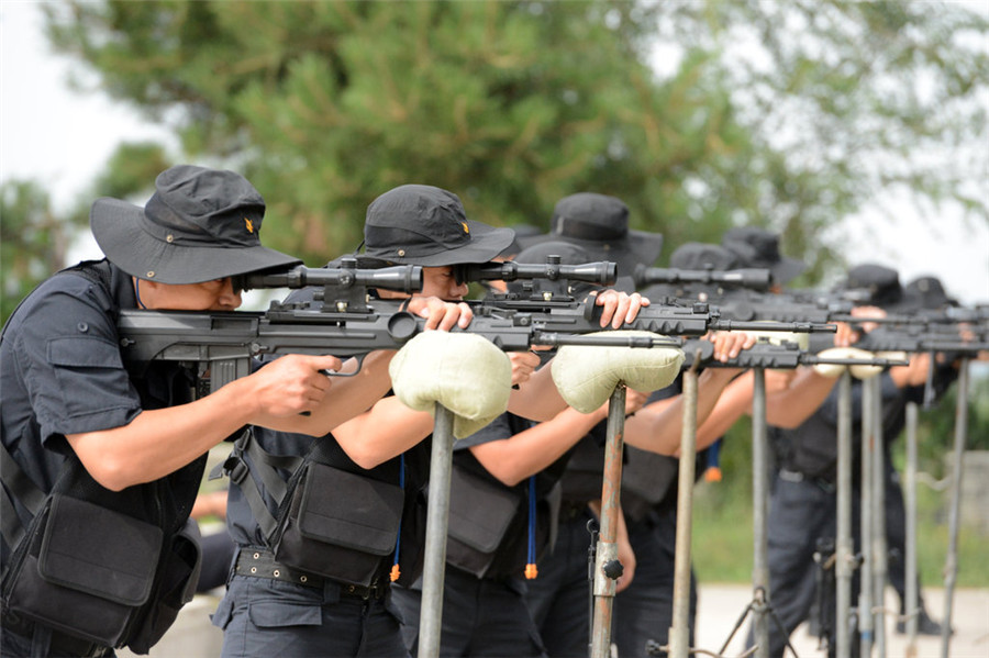 The Making Of A Swat Team Sniper5 China Photos