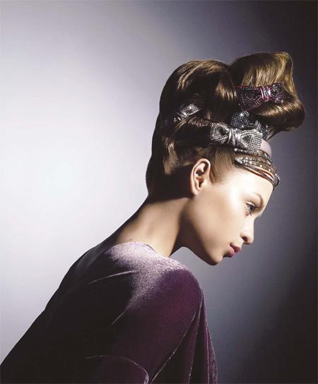 Thời trang  làm sống lại nghệ thuật của các phụ kiện tóc