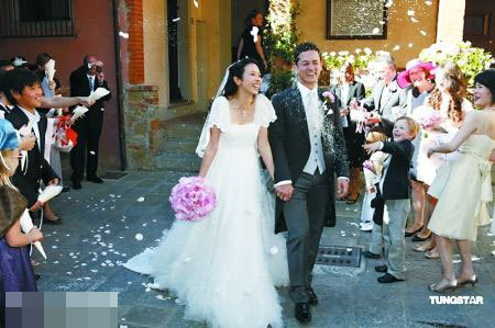 Several Female Entertainers Get Married In October ...
