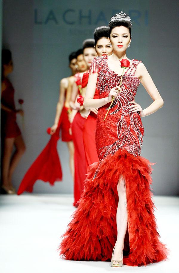 Fashion Week  Extravagant