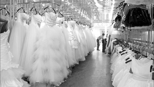 Making Wedding Dress