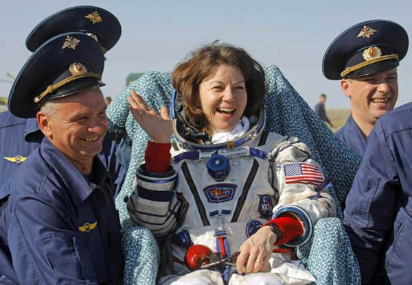 russian female astronaut in space - photo #23
