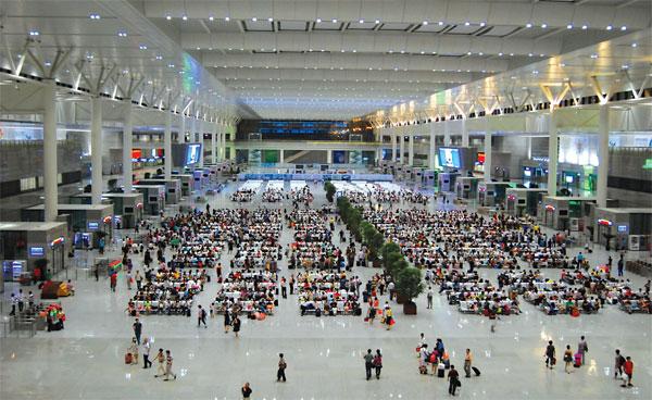 Shanghai railway stations use us wi fi technology business for China railway 13 bureau group corporation