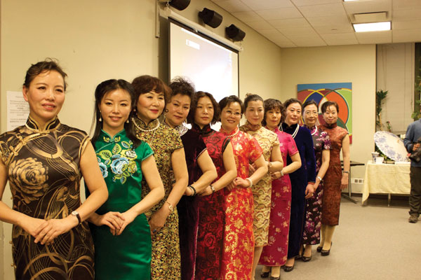 Scroll revives cheongsam beauty in New York