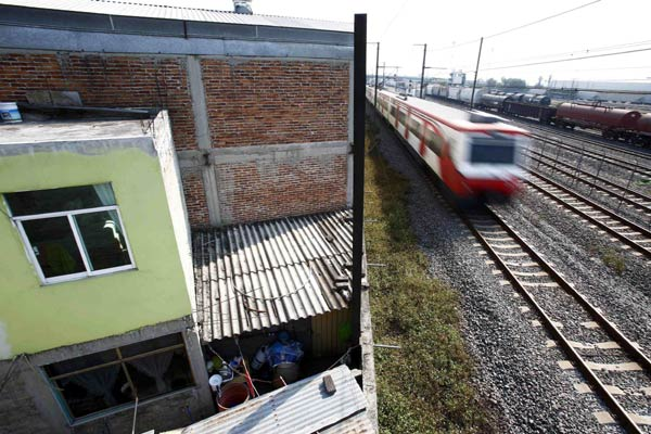 Mexico suspends high-speed train project|Latin America