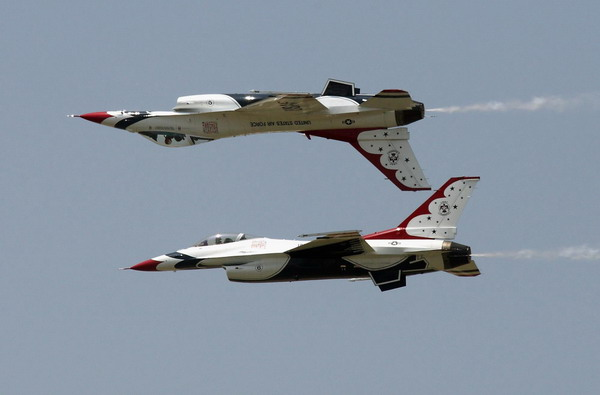 16 thunderbirds 5 plane - photo #7