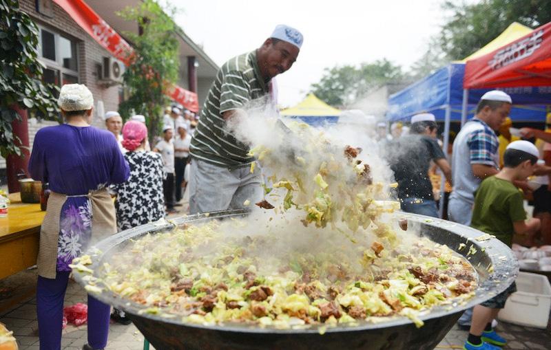 Great Celebration Eid Al-Fitr Food - eca86bd9ddb41542891a31  Gallery_198559 .jpg