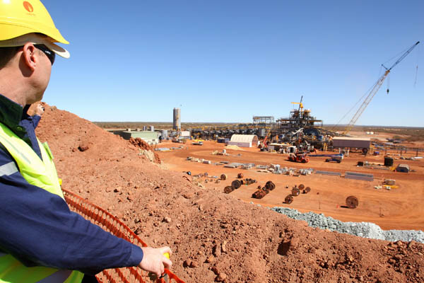 Business holds up for Minmetals arm